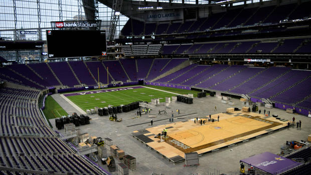 Workers+install+a+basketball+court+at+U.S.+Bank+Stadium+on+Tuesday%2C+Nov.+27%2C+2018%2C+where+the+Vikings%27+venue+will+hold+its+first+basketball+games.+The+court+has+been+borrowed+from+the+Denny+Sanford+Premier+Center+in+Sioux+Falls%2C+S.D.+The+Gophers+are+scheduled+to+play+Oklahoma+State+there+at+9+p.m.+Friday+night.+%28Courtesy+of+SMG+%2F+U.S.+Bank+Stadium%29
